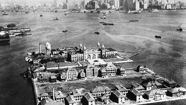 Το νησί Έλις (Ellis Island)