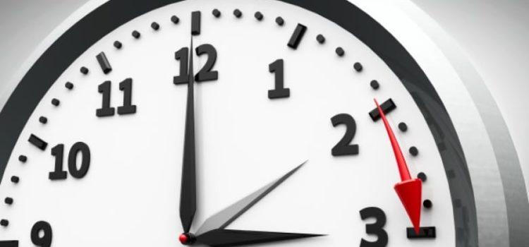 Αλλαγή ώρας – Πότε γυρνάμε τα ρολόγια μας μια ώρα μπροστά;