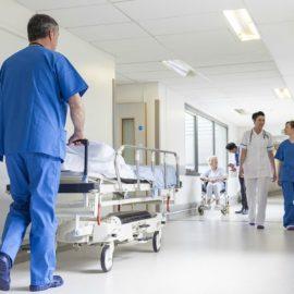 Eνεργειακές αναβάθμισεις 12 υγειονομικών μονάδων της χώρας